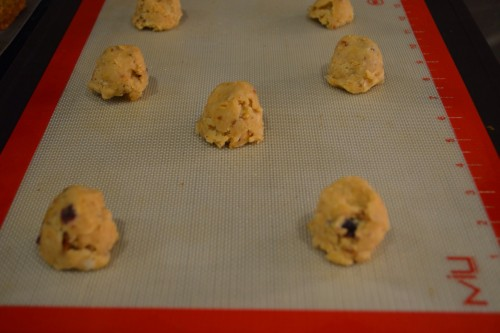 pecan sandies on cookie sheet.JPG