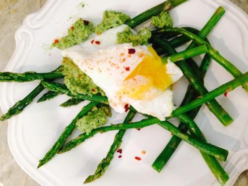 poached eggs asparagusIMG_6195.JPG