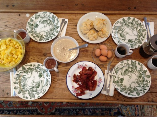 table setting stinson gravy